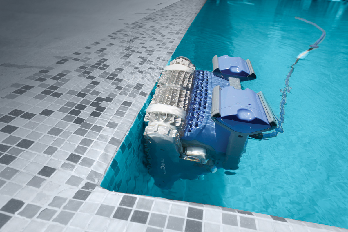 Latest Robotic Pool Cleaner Features and Tech Worth Checking Out